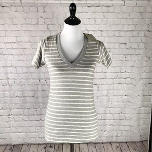 BNWT Size M Hye Park & Lune gray striped V-neck